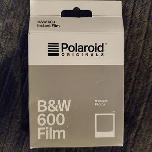 Accessories - B&W 600 Film